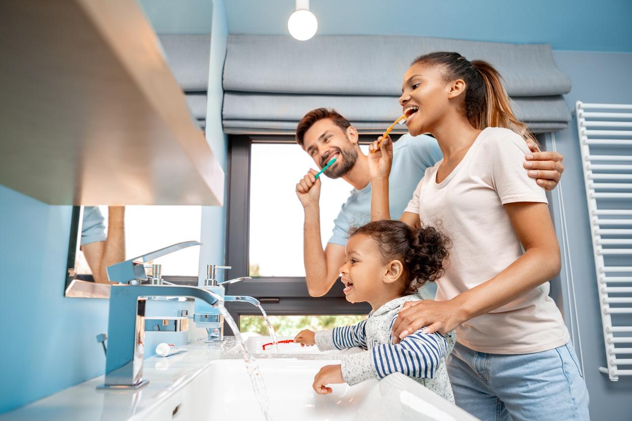 Apprendre les règles d'hygiène de manière ludique à ses enfants